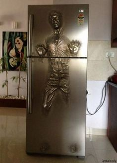 Okay ... If I had an extra fridge in the garage ... I would want it to be THIS FRIDGE! Come ON! That is kinda awesome!