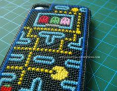 Pacman iphone case cross stitch
