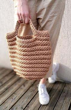 Rope bag / Unique design Bag from rope / Handmade crochet bag / market bag… Clutch En Crochet, Diy Crochet Bag, Crochet Pouch, Crochet Shell Stitch, Crochet Market Bag, Bead Crochet, Crochet Handbags, Crochet Purses, Basket Bag