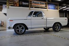 1977 Ford Custom Standard Cab Pickup for sale Custom Ford Trucks, Custom Trucks For Sale, Ford F150 Custom, Ford Trucks For Sale, 79 Ford Truck, F100 Truck, Classic Ford Trucks, Classic Cars, Farm Trucks