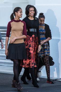 FLOTUS & the girls are bringin' it. Love Sasha's ensemble, especially. Those tights! #goladies