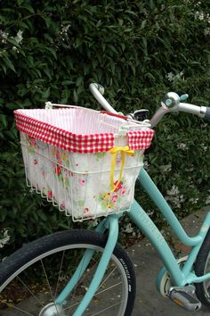 Cute bike! Pinned really though because I think red and turquoise are beautiful together. I simply must do a room in these colors together at some point.