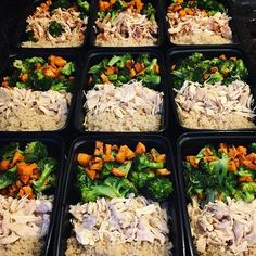 This is one round of meal prep by @ironcrohnie ! She has shredded chicken breast quinoa and roasted broccoli & sweet potato! - Prepare the right foods to get the right body and make its easy for yourself. Get started now by downloading @mealplanmagic! - ALL-IN-ONE TOOL & GUIDES - Build Custom Plans & Set Nutrition Goals BMR BMI & Max Rate Calculator Learn Your Macros by Body Type & Goal Grocery Lists Automated to Weekly Needs Accurate Cooking and Prep Summaries Combine & Export Data for Two…