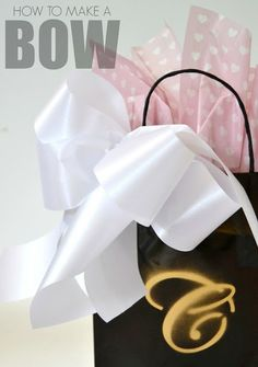 How to make a beautiful bow in just 5 easy steps!