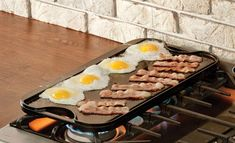 Reversible Cast Iron Griddle/Grill - If you have been searching for a reversible griddle that's long-lasting, nearly indestructible, retain. Lodge Cast Iron Grill, Cast Iron Griddle, Cast Iron Cookware, Griddle Grill, Cast Iron Cookbook, Cast Iron Cooking, Reseason Cast Iron, Steak Sides, Gourmet