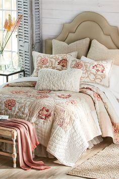 Luxury Duvet Covers, Luxury Bedding Sets, Hampshire, Dreams Beds, Bed Springs, Luxury Bedding Collections, Bed Linen Sets, Cool Beds, Beautiful Bedrooms