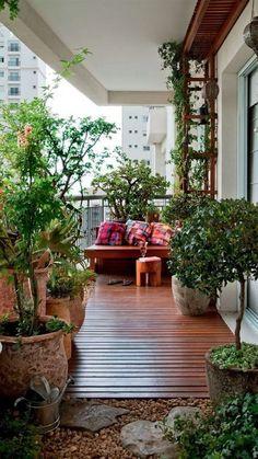 39+ Small Balcony Garden Ideas Inspiration For Home and Apartment #garden #balcony #gardenideas | lumbung-batu.com Apartment Balcony Garden, Small Balcony Garden, Small Balcony Decor, Apartment Balcony Decorating, Porch Garden, Outdoor Balcony, Backyard Garden Design, Terrace Garden, Patio Design
