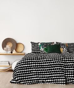 Marimekko, Home Bedroom, Bedrooms, Living Styles, Black Decor, New Room, Home Collections, Cozy House, Decoration