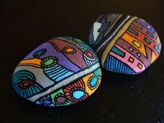 166, La ville, la campagne, galet peint à l'acrylique dans des tons vifs et multicolores : Peintures par vague-a-l-art