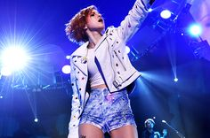 Paramore's Hayley Williams to Receive Trailblazer Honor at Billboard Women in Music Awards - BILLBOARD #HayleyWilliams, #Billboard, #Music
