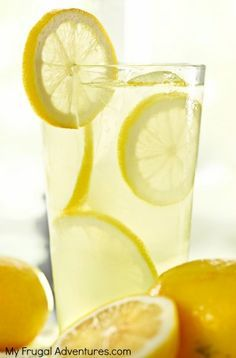 A perfect fresh squeezed lemonade recipe.  This stuff is amazing-- a fantastic hostess gift!