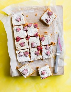 Flapjacks make the best after-school or mid-afternoon treat. With a delicious layer of raspberries these oat bars are sure to be a hit with friends and family.