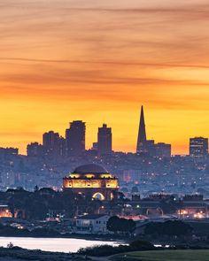 San Francisco at sunset by josephsfphotography by photoblog.sanfranciscofeelings.com sanfrancisco sf bayarea alwayssf goldengatebridge goldengate alcatraz california