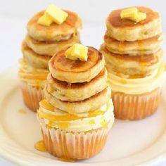 Pancake Cupakes - what, how, why when, now, oh em gee, i need these. need. need. need.