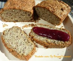 Learn how to make this delicious Gluten free almond bread, paleo bread. Low carbs, high in proteins, dairy free Dairy Free Recipes, Raw Food Recipes, Low Carb Recipes, Almond Bread, Vegan Bread, Pan Paleo, Sem Lactose, Healthy Desserts, Love Food