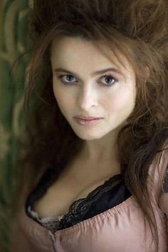 helena bonham carter --> LOVE her style