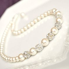 Pearl Bridal Necklace Ivory Pearl Wedding door somethingjeweled