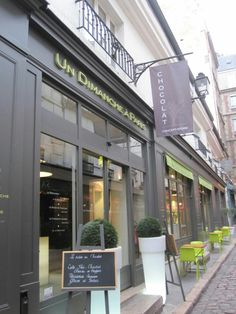 Chocolate & Pastries in Paris French Attractions Through Gastronomy.There are several places we would like to reccommend as they are quality guranteed and new fashion.Besides who can resist th…