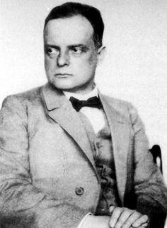 Hugo Erfurth, Portrait of Paul Klee, 1927 Bauhaus-Archiv Berlin