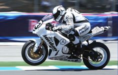 Yates Leads American Superbikes in Warm Up