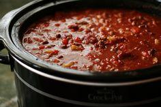 Ultimate chilli con carne recipe - All recipes UK Best Chili Recipe, Chilli Recipes, Crockpot Recipes, Soup Recipes, Cooking Recipes, Pudding, Recipes, Chili Con Carne, Bon Appetit