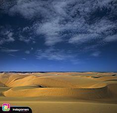 Fotografía de: @ricar2artemol . .  Comparte tu fotografía utilizando nuestro tags y formaras parte de la comunidad mas grande de instagramers a nivel mundial presente en el estado Falcón . .  Nunca una sensación me había parecido tan conocida... Ver la arena como se desplaza de un lugar a otro como si fuera una corriente de agua que fluye. Simplemente una energía única . .  #instapic #picoftheday #photooftheday #igersvenezuela #socialmedia #photo #sunrise  #instagood #sunset #falcon…