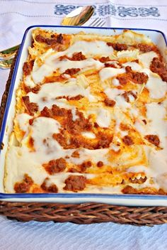 I like the lasagna because I love the combination of sauce and melted cheese I hope one day I can live my dream of eating lasagna in his native country Italy Gluten Free Diet, Gluten Free Recipes, Vegetarian Recipes, Healthy Recipes, Healthy Food, Pasta Sin Gluten, Good Food, Yummy Food, Food Truck