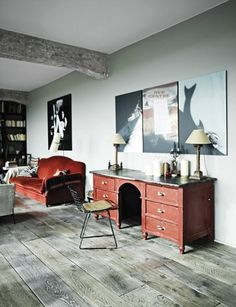 paris loft home of journalists, louis and sara bonnard. Style At Home, Interior Design Meaning, Interior Architecture, Interior And Exterior, Interior Modern, Paris Loft, Red Desk, Sweet Home, Turbulence Deco