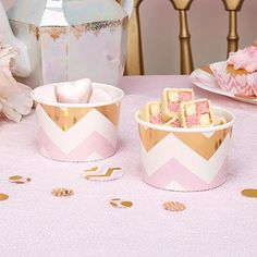 Ideal alternative containers for your party treats, these tubs are great for candy bar sweetie tables, party treats or jelly and ice cream desserts. Alternatively they can be used on buffet tables filled with savoury treats. Available in this trendy chevron design with pink, white and metallic gold decor these tubs are a versatile addition to your special event.