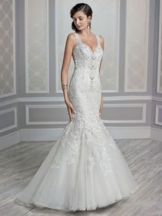 Diva Boutique - Toronto Ontario's best Wedding Dresses | Shapely Silhouettes Bridal Collection