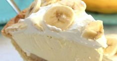 This creamy banana cake is delicious and ready in no time! You never want anything else- Deze romige bananentaart is heerlijk en in een mum van tijd klaar! Je wilt nooit meer anders You& never tasted this & # n delicious cake! Simply Recipes, Easy Cake Recipes, Easy Desserts, Dessert Recipes, Pudding Recipes, Pastry Recipes, Easy Banana Cream Pie, Banana Cream Pudding, Easy Vanilla Cake Recipe