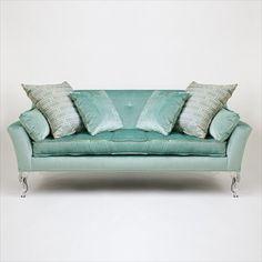 Beautiful sofa with acrylic legs!!!