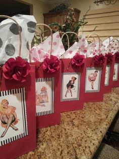 Goodie bags for a Pin up party♥