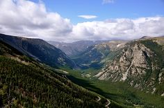 Beartooth Highway--straddles Montana and Wyoming. Drove this highway from Red Lodge Montana into the Northeast entrance to Yellowstone. Around The World In 80 Days, Around The Worlds, Red Lodge Montana, Beartooth Highway, Outdoor Playground, Beautiful Sites, Travel Activities, Travel Info, Amazing Destinations