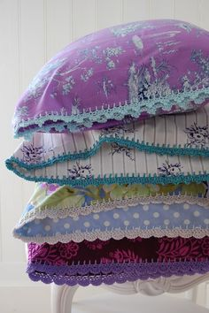 "I have never been much of a ""crochet-er"" but I may have to learn to do this to some cute hand made pillow cases! I love this!"
