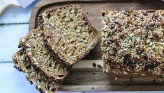 SPIS MAGEN FLAT | brød Scones, Food Inspiration, Banana Bread, Nom Nom, Food And Drink, Health Fitness, Healthy Recipes, Healthy Food, Flats