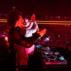 Sensation Amsterdam 2016 - set by YAX.X on SoundCloud
