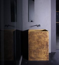 Pure design and strong personality. This is OTHO washbasin. #brass #washbasin #bathroom #design