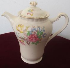English Porcelain - J&G MEAKIN IN ENGLAND COFFE POT for sale in Worcester (ID:225771995)