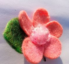 Sparkly Flower with recycled ribbons. Peach colour, for hair clip or brooch. Hand made felted Romantic Flowers, Pink Flowers, Flower Art, Art Flowers, Love Valentines, Flower Delivery, Peach Colors, Hair Pins, Maya