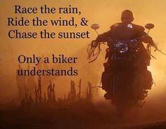 """""""Correr al ritmo de la lluvia, rodar con el viento, perseguir la puesta del sol...Solo un biker lo entiende"""" ✌️  #BikerLife #VidaBiker #DisturbedCulture #DisturbedTendencies"""