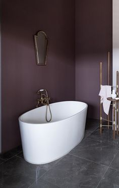 Explore stunning interior paint and wallpaper design inspirations from Paint & Paper Library. Like this luxury bathroom painted in rich brown-purple paint. Mauve Bathroom, Bird Bathroom, Purple Bathrooms, Bathroom Colors, Dark Purple Bathroom, Dark Purple Walls, Bathroom Closet, Bathroom Kids, Small Bathroom