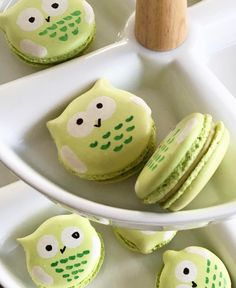 1,142 mentions J'aime, 13 commentaires - @macaronslady sur Instagram : « Owl macarons by @laura_dis_rose #owl #macarons #macaronslady #macaronstagram #cute »
