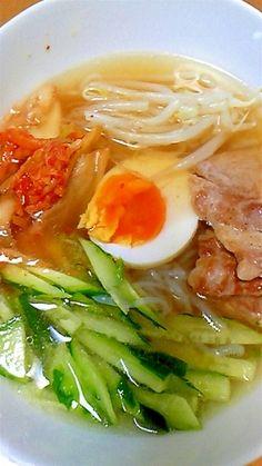「糖質制限ダイエットに!しらたきで韓国冷麺風!」しらたきなので時間が経っても麺がのびません。麺の食感は,まるで本物の韓国冷麺!【楽天レシピ】