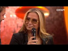 NEWS:   Finally we have it in HD! Anastacia singing «Left Outside Alone» and giving an interview at the German show, «RTL Die ultimative Chart Show» on December 28th, 2012.