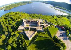 Experience the thrill of battle and the most exciting moments in history at Fort Ticonderoga.
