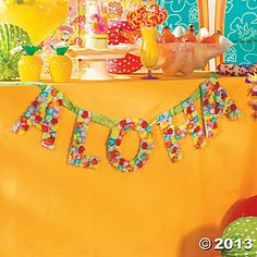 "Since ""Aloha"" means hello and goodbye, this handmade sign is the perfect beach party decoration for your entryway! In just two easy steps, you can create this tropical craft for your luau. Don't have a luau to add it to? Hawaiian Party Favors, Luau Party Favors, Luau Party Decorations, Luau Theme Party, Aloha Party, Beach Party, Hawaiin Theme, Luau Birthday, Birthday Parties"