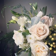fabulous vancouver florist Feeling in my element today as I work on a special event for Tiffany & Co. #justynaevents #florist #flowers #specialevents #winterinspired #winterinspiredevent #Tiffany&Co #blushfloral #creamfloral by @justynaevents  #vancouverflorist #vancouverflorist #vancouverwedding #vancouverweddingdosanddonts