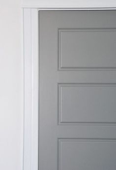 Painting Interior Doors Gray: How I Did It DIY tutorial for getting factory finish gray painted interior doors. PARA Paint's Courtyard was the perfect match for the IKEA Lindigo/Bobdyn gray cabinetry. Interior Door Colors, Painted Interior Doors, Interior Color Schemes, Gray Interior, Painted Doors, Home Interior Design, Interior Painting, Farmhouse Interior Doors, Natural Interior