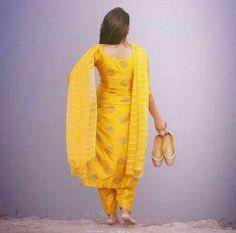 Indian Salwar Suit, Patiala Suit, Indian Suits, Indian Wear, Designer Punjabi Suits, Indian Designer Wear, Anarkali Dress, Pakistani Dresses, Punjabi Culture